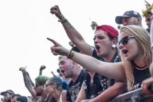 LIVE: Mighty Sounds 2016: Ani bahenní lázeň nezhatila nášup skvělé muziky v Táboře