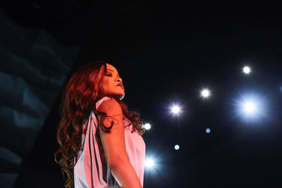 LIVE: Rihanna v Praze: Koncert, nebo fabrika?