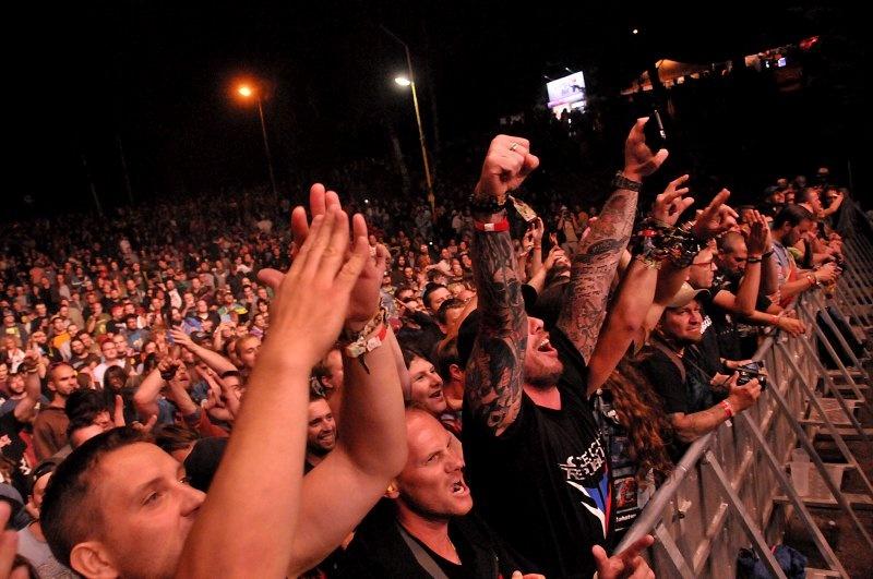 LIVE: Trutnoff jako Český Woodstock opět nezklamal. Pohrdání si kvůli Jakešovi nezaslouží