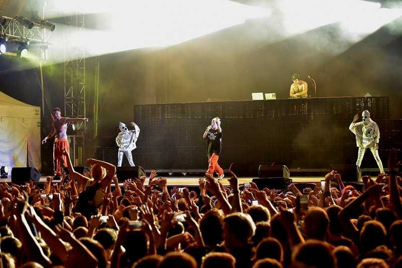 LIVE: Twerk, vystrčený zadek a hutný zvuk: Die Antwoord potěšili Žluté lázně skvělou show!