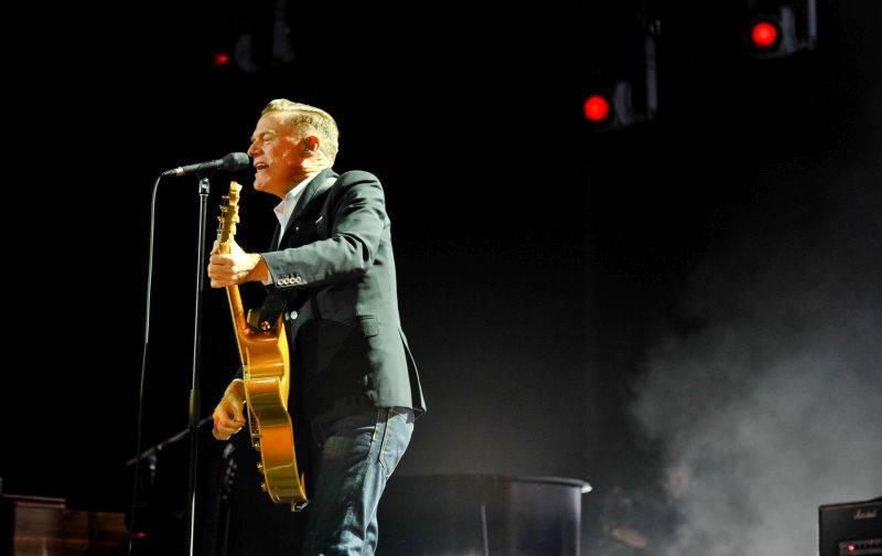 LIVE: Bryan Adams vPraze: elegance i floutkovství sjedinečným hlasem