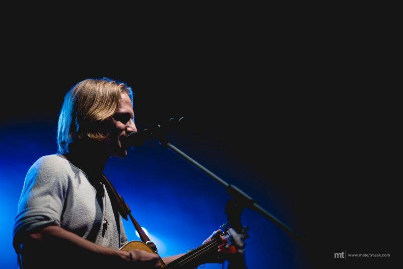 LIVE: Tomáš Klus v Praze zpíval ve jménu ekologie i svobody Tibetu