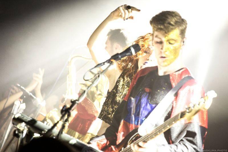 LIVE: Mydy Rabycad pobláznili taneční smrští Prahu