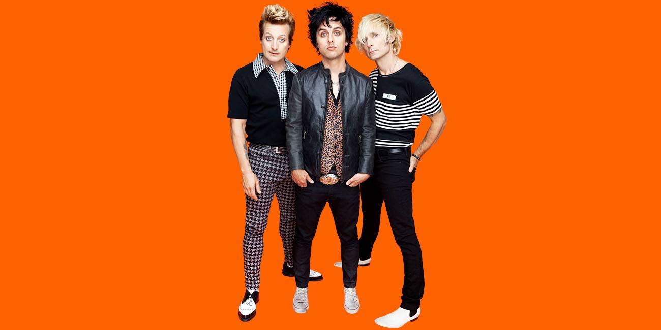 RECENZE: Green Day hrají v revolučním rádiu předvídatelnou hudbu