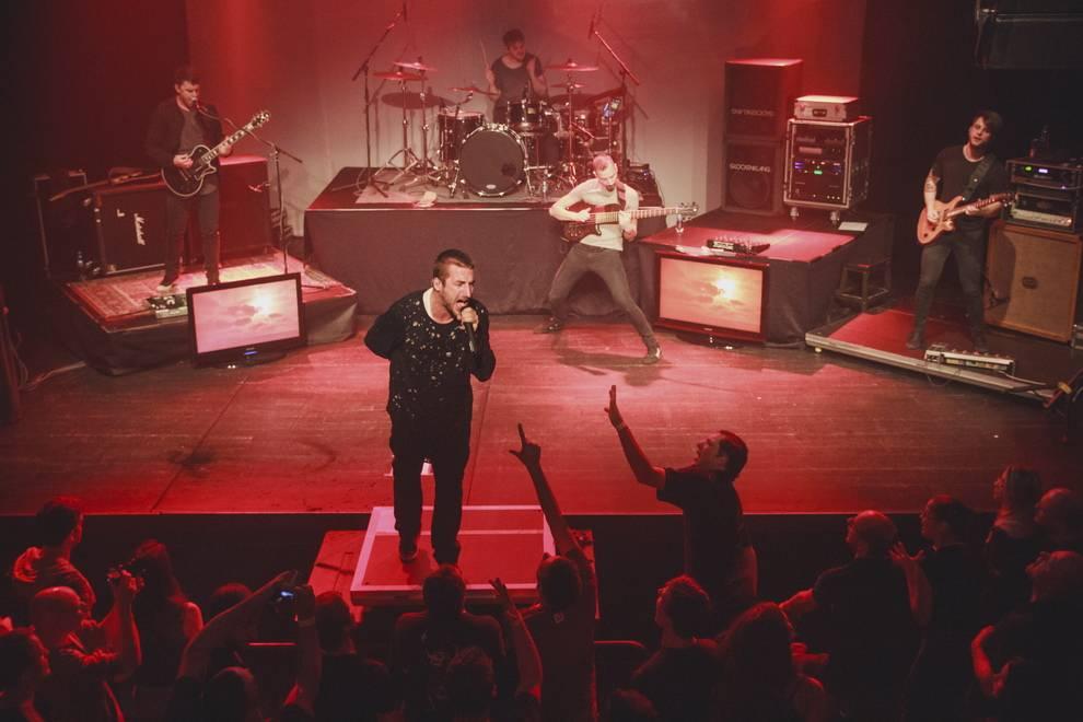 LIVE: Démonická dvojka The.Switch a Smrtislav se předvedla v Praze, zazněla nová alba