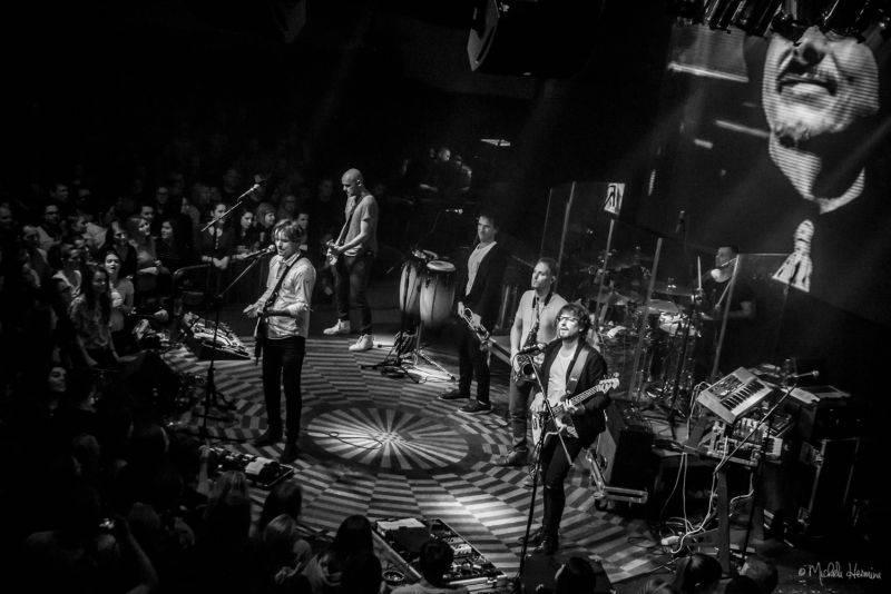 LIVE: Chinaski udělali v Praze tečku za albem Rockfield