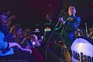 LIVE: B Side Band oslavil deset let ve velkém stylu, do Brna přijeli Ruppert, Černochová i Dyk