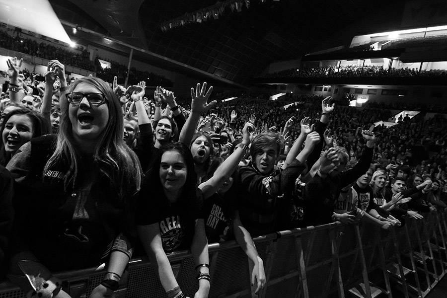 LIVE: Pop-punkoví nestoři Green Day ohromili Prahu zničující show