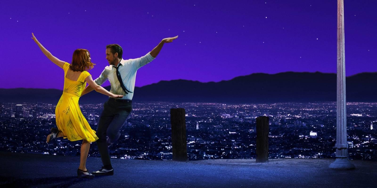 RECENZE: Favorit Oscarů La La Land je milostný dopis muzikálům padesátých let a výborný hudební film
