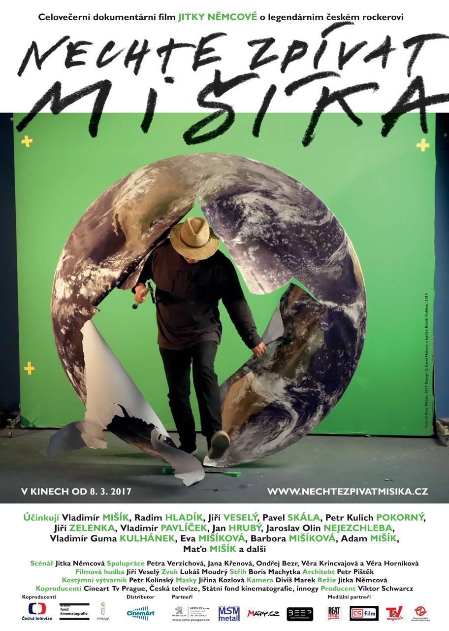 RECENZE: Nechte zpívat Mišíka - Na planetce s výjimečným muzikantem