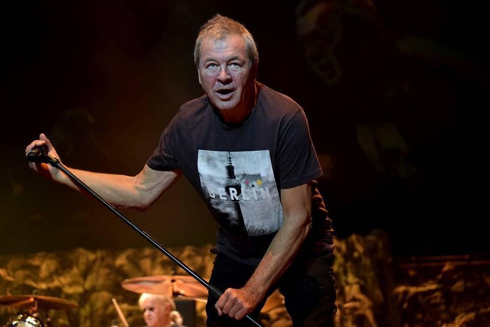 LIVE: Deep Purple zahalili Prahu do kouře na vodě