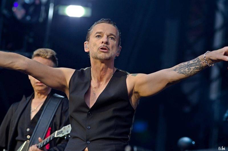 LIVE: Depeche Mode v Praze - Černá revoluce v Edenu