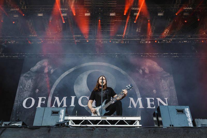 Nova Rock, den třetí - metalcorové hody se Sleeping With Sirens, objev Moose Blood a spojení Prophets Of Rage se System Of A Down