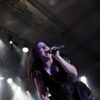 LIVE: Evanescence byli největším překvapením Rock for People, Amy Lee dokázala své kvality