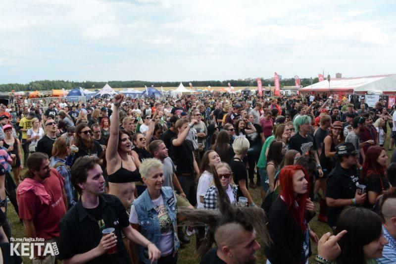 LIVE: Na Mighty Sounds bavili energičtí Gogol Bordello i česká žánrová špička