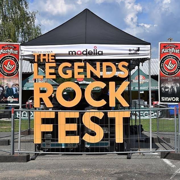 LIVE: Páteční The Legends Rock Fest přivítal hvězdy českého rocku Škwor nebo Arakain i nastupující mládí