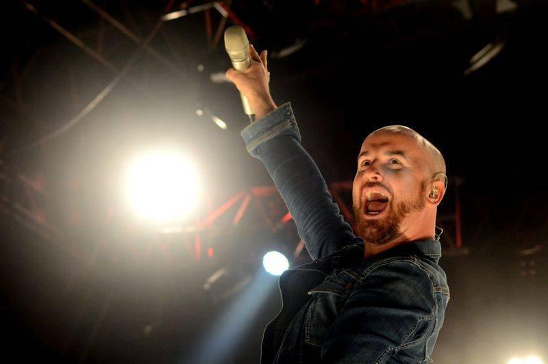 LIVE: Pětadvacátou Benátskou! završili Status Quo, Rybičky 48 i ohňostroj