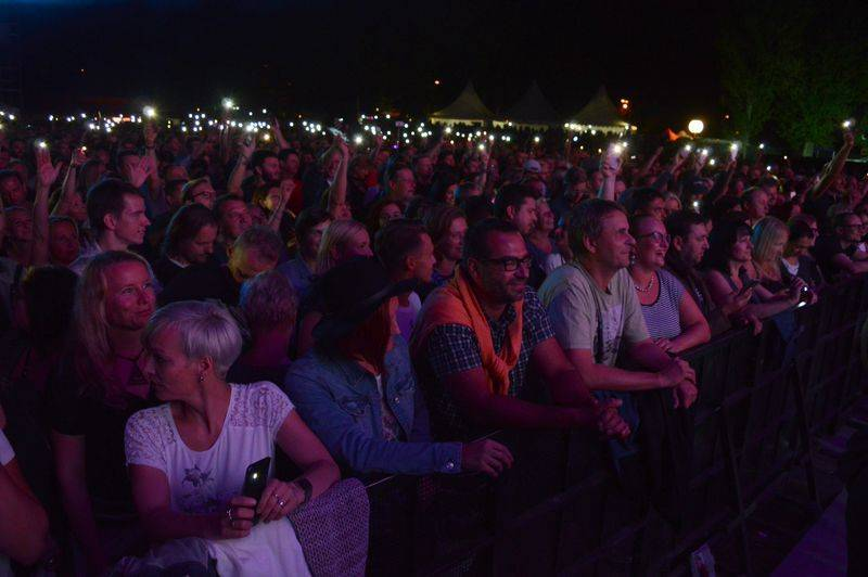 LIVE: Lucie zahájila jediným letošním koncertem v Česku Soundtrack Poděbrady. Radim Hladík byl oceněn za umělecký přínos