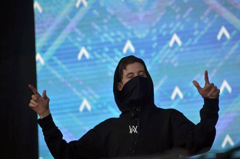 LIVE: Mumford And Sons jako králové Frequency a Wiz Khalifa s Rise Against jako jejich poddaní