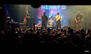 LIVE: Portless s Henrym D pokřtili desku Back a rozvášnili diváky nespoutanou energií