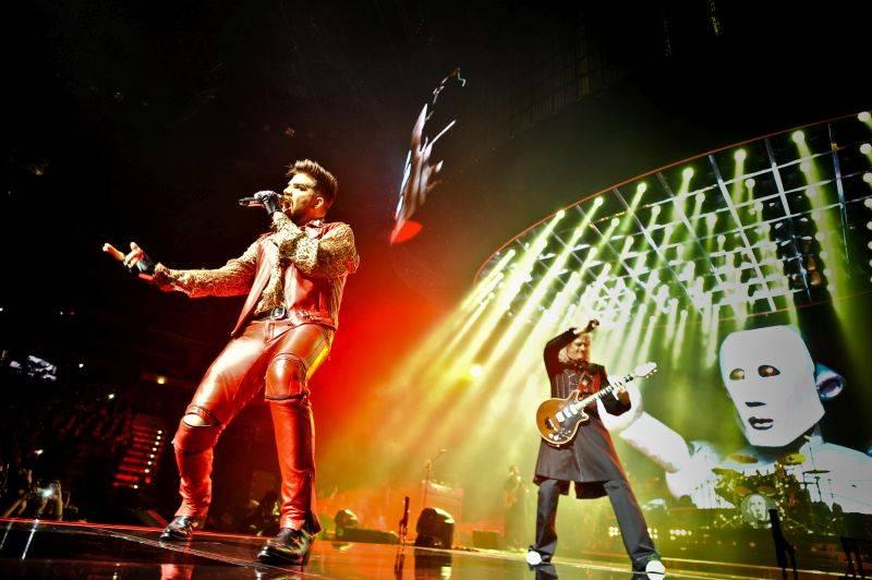 LIVE: Queen a Adam Lambert předvedli v Praze megalomanskou show, nechyběla vzpomínka na Mercuryho