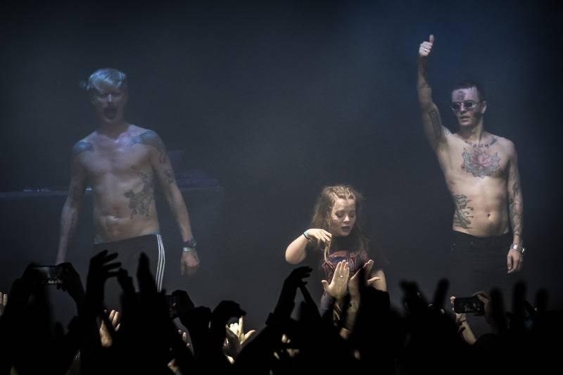 LIVE: Ruští Little Big se zpěvačkou Olympií nechali fanoušky v Roxy propotit až na kost