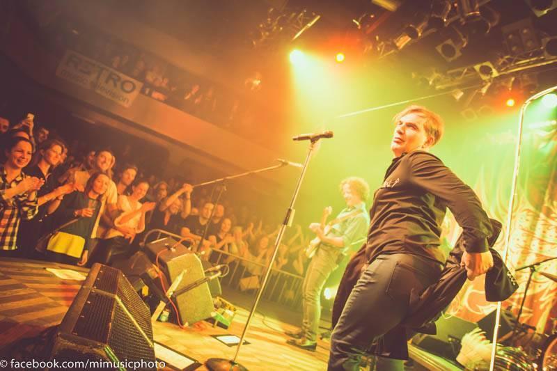 LIVE: Při koncertě Mig 21 létaly vzduchem kalhotky. Kapela nakazila fanoušky dobrou náladou