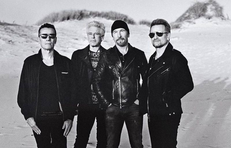 RECENZE: U2 agitují, ale nedaří se jim chytit za srdce