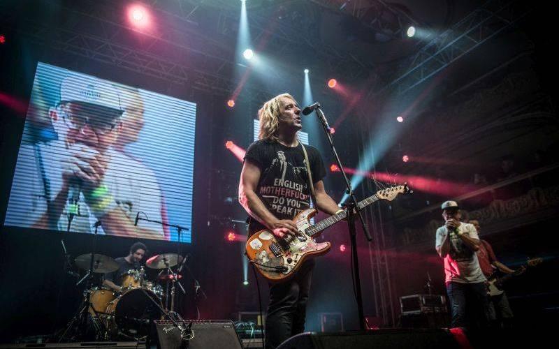 LIVE: Vypsaná fixa předvedla ve vyprodané Lucerně upocený nefalšovaný rock'n'roll
