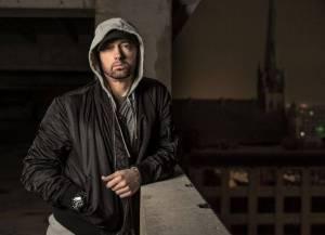 RECENZE: Eminem se na novince Revival odepisuje hned na začátku