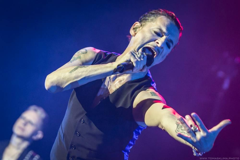 LIVE: Návštěva Depeche Mode je u nás pořád svátkem. Také další koncert v Praze byl strhující