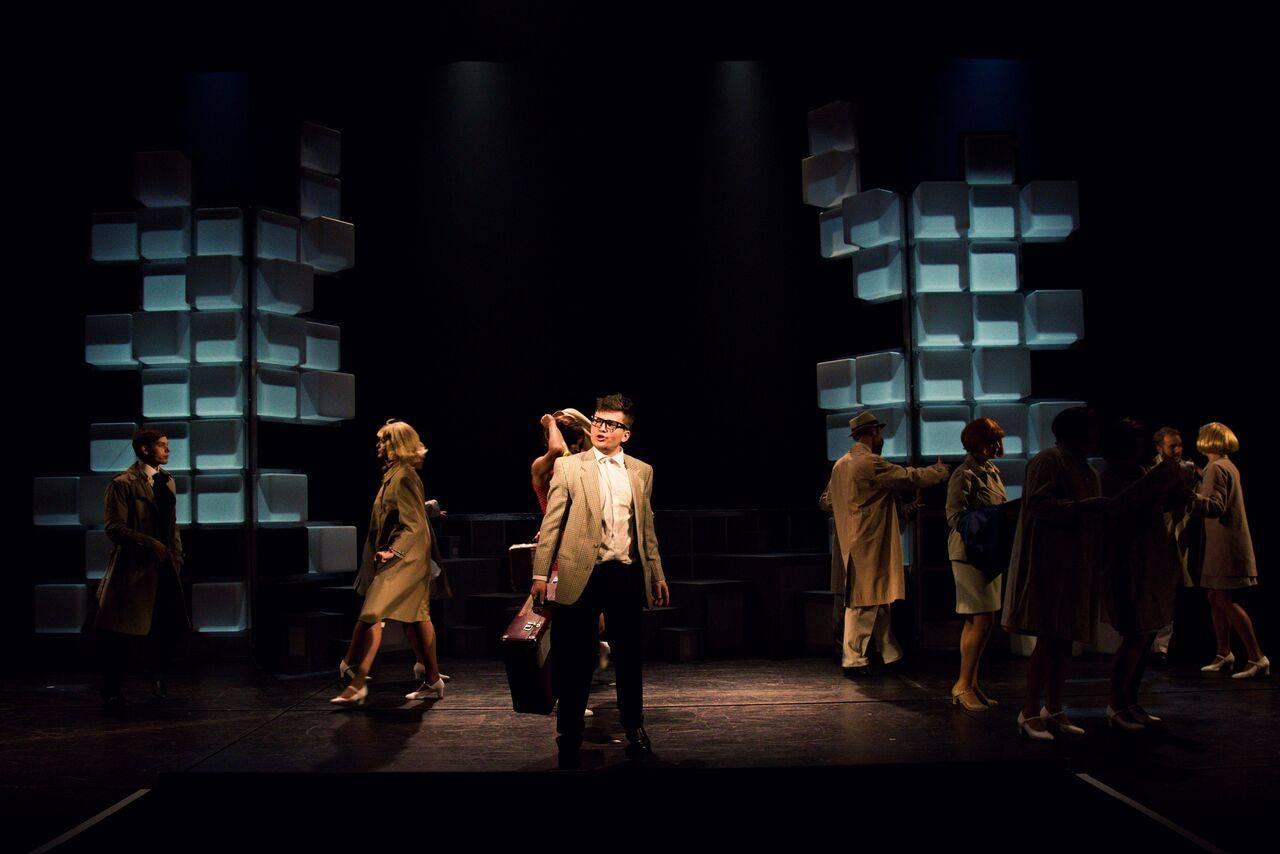 Martin Harich v muzikálu Chyť mě, jestli na to máš: Pohled ze zákulisí plzeňského představení