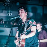 LIVE: Poetika v pražském Lucerna Music Baru zářila, Mirai víc nudili než bavili