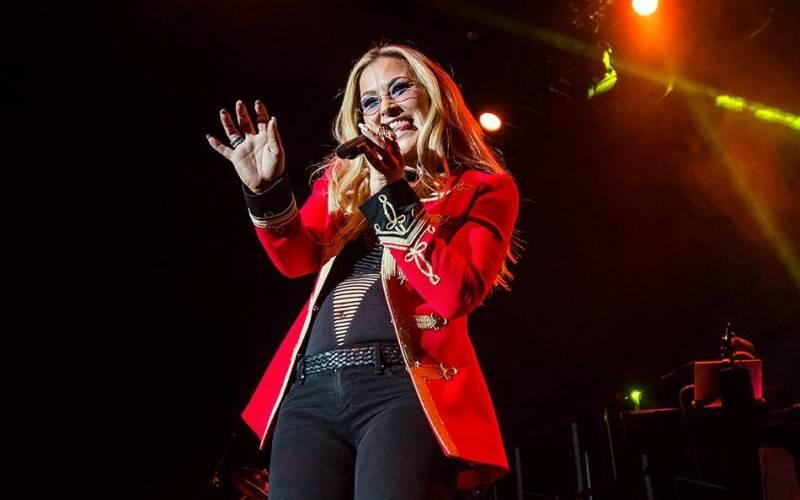 LIVE: Anastacia v Praze rozbalila svůj hlas a rozblikala světýlka