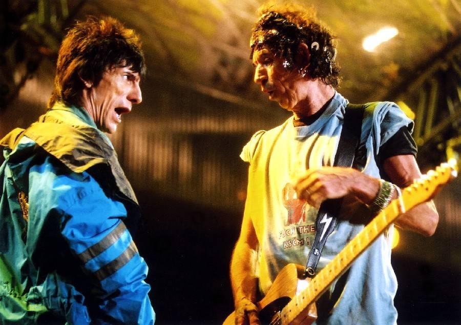 RETRO: Rolling Stones v Praze v roce 2003 f*ckovali komunisty, uvedl je Václav Havel