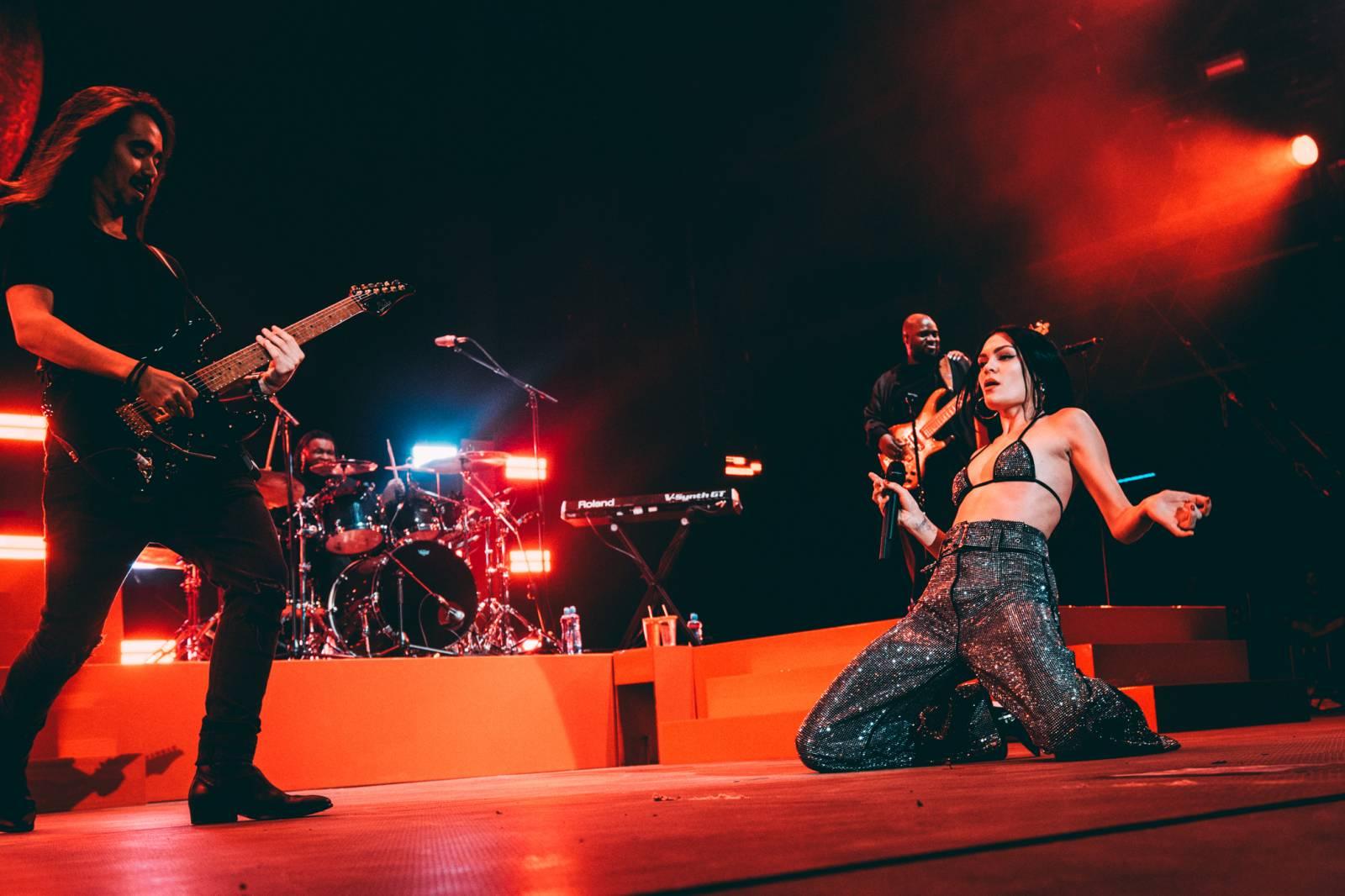 LIVE: Třetí den Colours Of Ostrava - uhrančivá Joss Stone, roztomilá Jessie J i melancholičtí Cigarettes After Sex