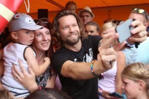 LIVE: Kryštof Kemp v Mikulově znovu nezklamal. Nadšení nesmyl ani déšť