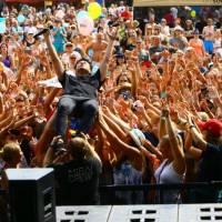 LIVE: Přehrady Fest vyplnil škvírku na našem festivalovém trhu