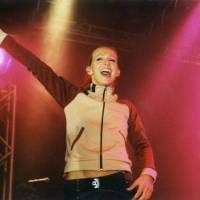 RETRO: Guano Apes v roce 2000 poprvé v Praze - Sandra Nasic a spol. zakončili svou show hitem Lords Of The Boards