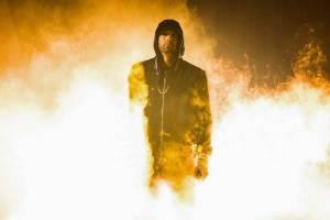RECENZE: Eminem vás na nové desce Kamikaze praští rovnou do obličeje