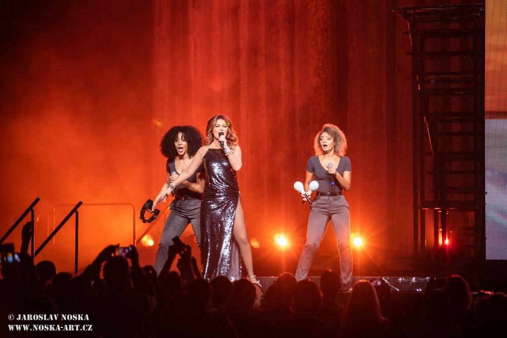 LIVE: Shania Twain si získala české publikum svými hity i dobrosrdečností