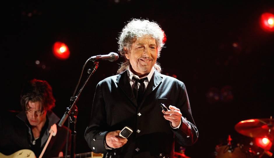 LIVE: Bob Dylan nedal v Lucerně nic zadarmo, fanoušky přesto potěšil