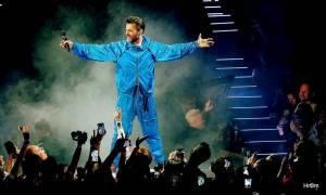 LIVE: Leoš Mareš i podruhé pobavil O2 arenu. Přizval si Karla Gotta i revival Queen