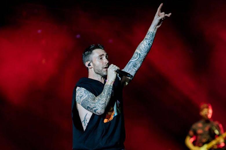 LIVE: Maroon 5 přivezli do Prahy hlavně hudbu. Žádná velká show se nekonala