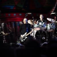 LIVE: Smashing Pumpkins v Praze potěšili fanoušky starými hity. Nové album naštěstí moc nehráli