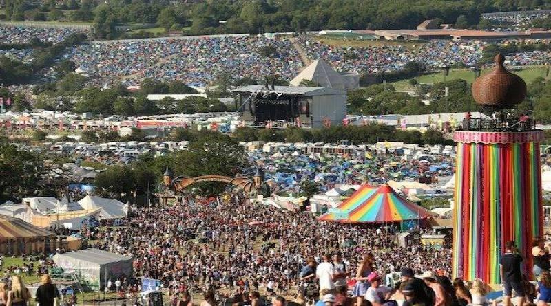 LIVE: Glastonbury, den první: Jaké je to být na nejlepším festivalu na světě?