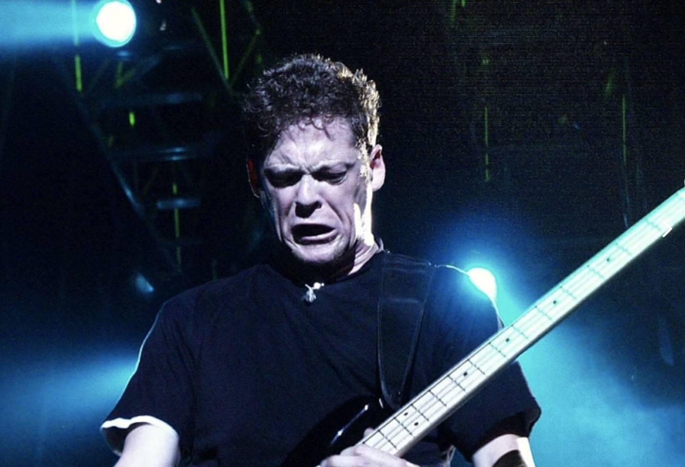 RETRO: Metallica v Praze v roce 1999 - Výbuchy, plameny a pekelné riffy