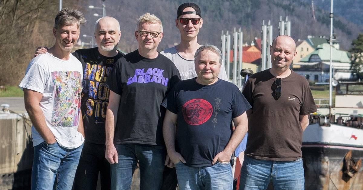RECENZE: Mňága a Žďorp si na novém albu dělá, co chce. A dělá to dobře
