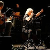LIVE: Vladimír Mišík v Arše sázel staré pecky a pokřtil nové album