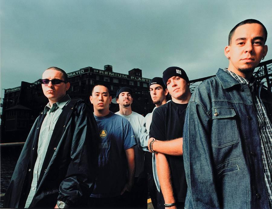 "RETRO: Pražský koncert Linkin Park: ""Když do toho praštili, běhal mráz po zádech."""